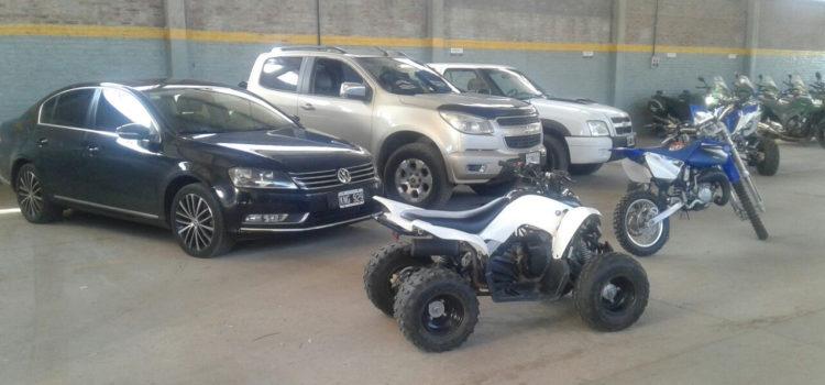 Cae una banda de empresarios que vendía autos de lujo robados