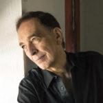"""Jorge Luján: """"En esta novela quise nombrar a las personas que dejaron una fuerte impronta en mi vida"""""""