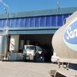 Los trabajadores lácteos firmaron un convenio laboral con normas flexibilizadoras