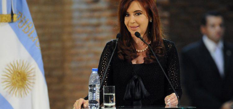 CFK y una dramática remontada dejan el escenario abierto