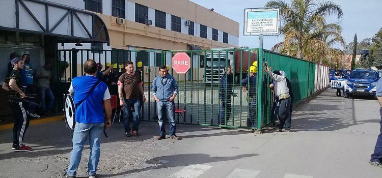 Fin de la conciliación, 24 despidos y paros sorpresivos en Atanor