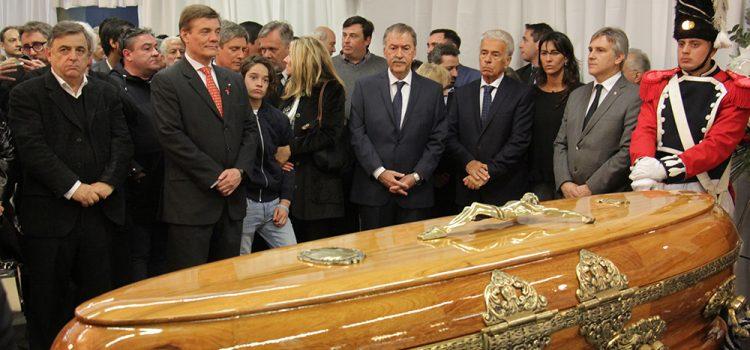 Funciones y disfunciones de la muerte de Eduardo Angeloz