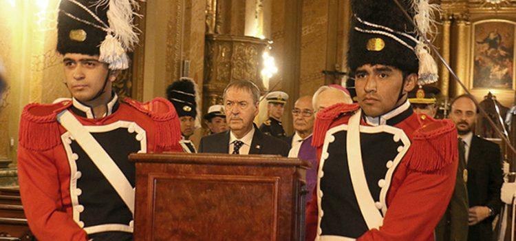 Los restos de Juan Bautista Bustos fueron llevados a un mausoleo en la Catedral de Córdoba