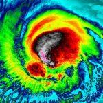 Por qué son tan fuertes los huracanes