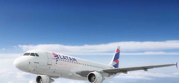 Tensión en el aire: se complicó la paritaria en Latam y podría no haber vuelos el viernes