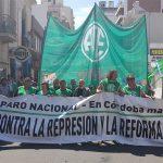 Los estatales marchan hoy contra los despidos en Córdoba y el resto del país