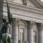 El mega decreto del presidente: ganancias para bancos, perjuicios para usuarios