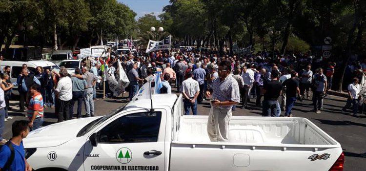 Tarifa eléctrica: Las cooperativas reclaman que el gobierno revise la quita de subsidios