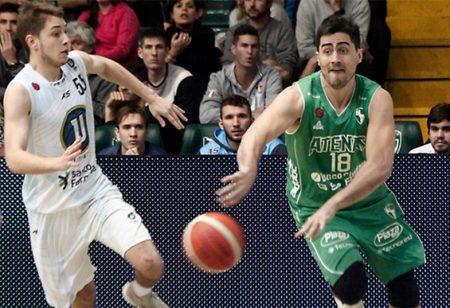 Entre los cuatro mejores: Atenas ganó un partido para el infarto y enfrentará a San Martín