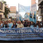 Después de una masiva marcha, hoy los docentes cordobeses se suman al paro nacional