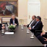Macri recibió a los gobernadores del PJ: una reunión con caras largas y pocas declaraciones
