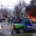Vecinos de San Vicente, en el GBA, incendiaron una sede de la privada EDESUR por los cortes de luz