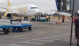 FlyBondi: luego del incidente en Iguazú, ayer hubo vuelos cancelados y problemas con los pasajeros
