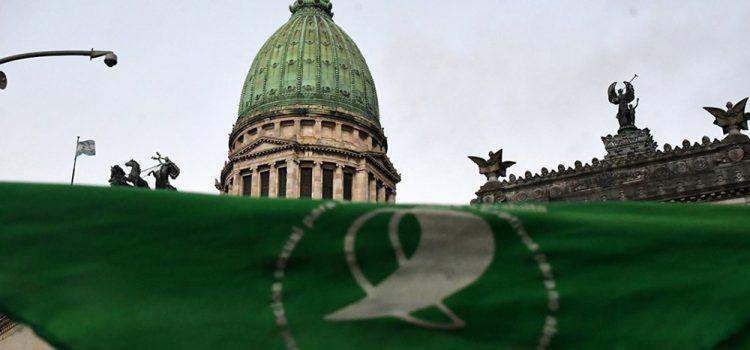 El aborto venció en el centro del país y la Patagonia y fue derrotado en el NOA, NEA y Cuyo
