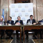 Pichetto se reúne con gobernadores del PJ para que la clase media no pague Bienes Personales