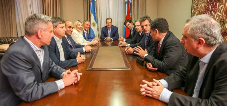 El peronismo neoliberal y anti-K gana volumen para 2019 y suma a siete gobernadores