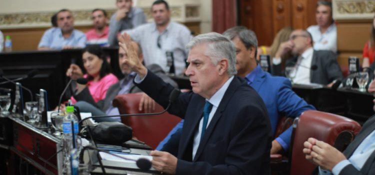 Con fuertes críticas opositoras, UPC aprobó la fecha de elecciones para el 12 de mayo