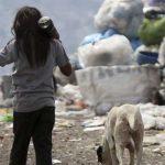 Hay 13,6 millones de argentinos en la pobreza, 2,2 millones más que el año pasado