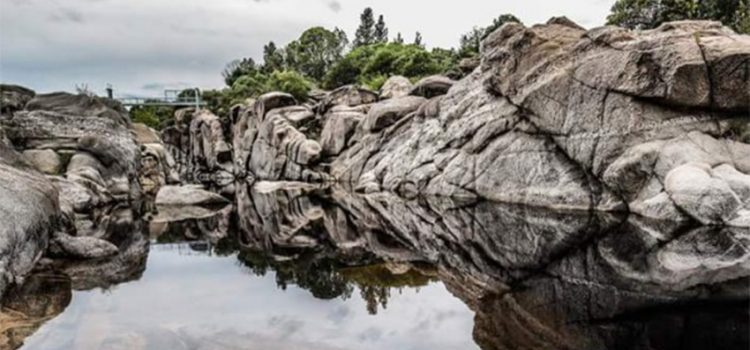 El río Mina Clavero es candidato a maravilla natural de Argentina