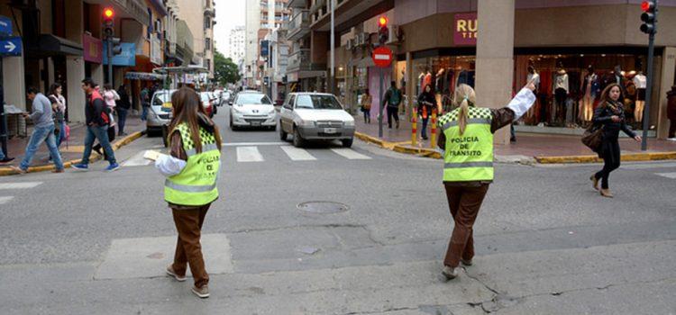 Cortes y desvíos de tránsito en diferentes barrios de la ciudad