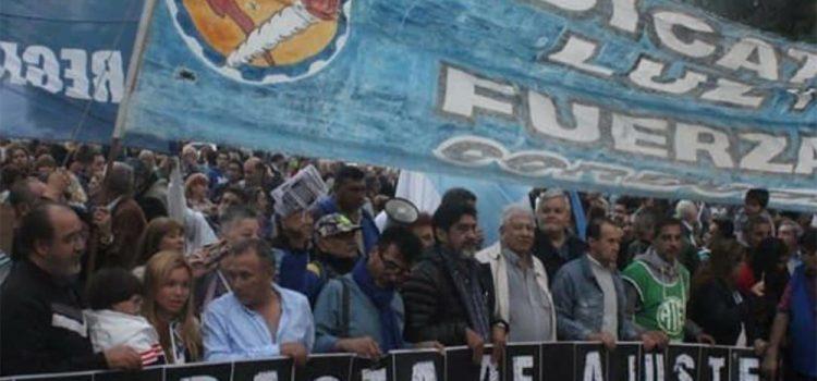 Piden la unidad de la oposición política y parlamentaria para retrotraer el tarifazo y el ajuste